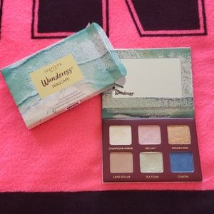 Beautiful Wandress Seascape Eyeshadow Palette